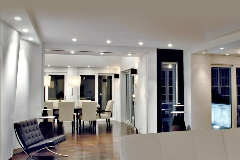 Smart lighting seen in Colonial home